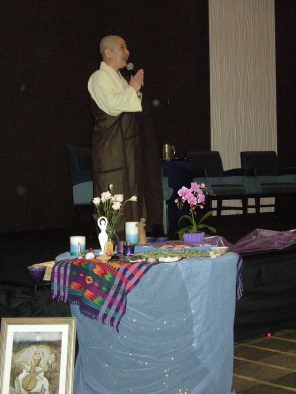 women-of-faith-spirit-frisco-2011-152