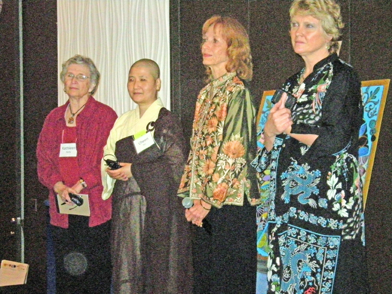 women-of-faith-spirit-frisco-2011-606_edited