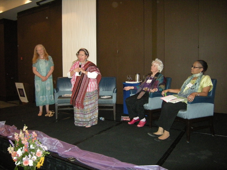 women-of-faith-spirit-frisco-2011-404